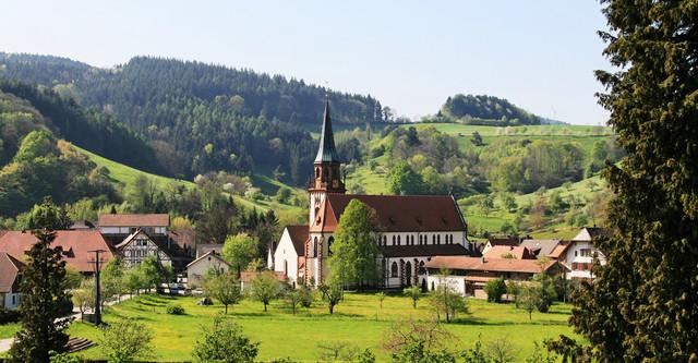 Ortsmitte mit St. Blasiuskirche