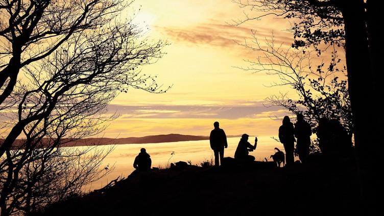 Abendstimmung am kleinen Kandelfels mit Blick über das Nebelmeer