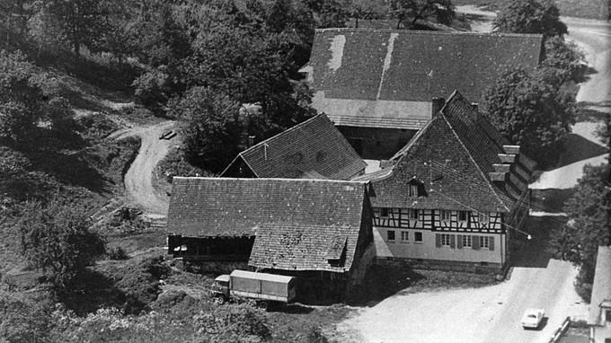 Das Gasthaus Kreuz mit der alten Säge um 1960